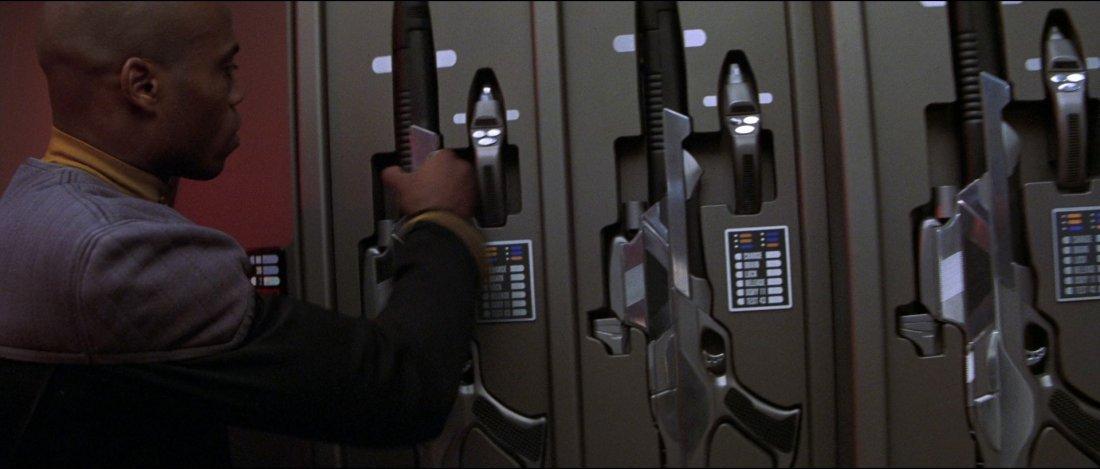 "Star Trek: Nemesis Starfleet ""Dolphin"" Phaser - 2"