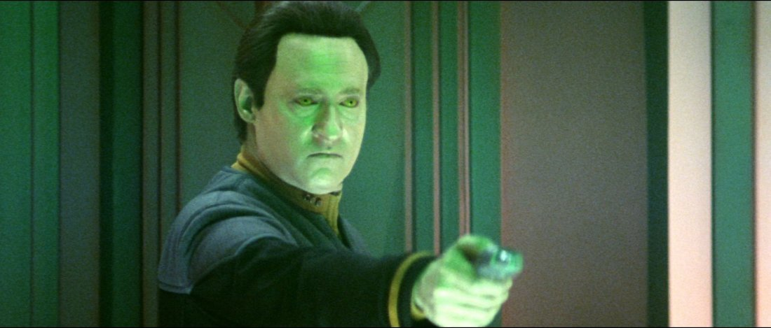 "Star Trek: Nemesis Starfleet ""Dolphin"" Phaser - 3"