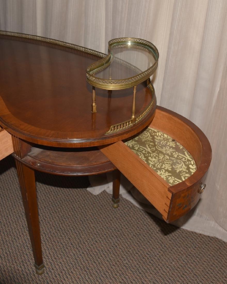 French Style Kidney Desk - 4