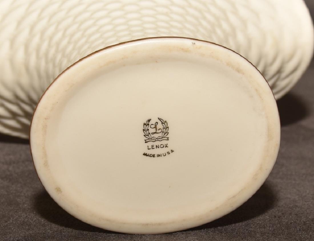 Lenox Basket & 6 Basket Weave Plates - 2