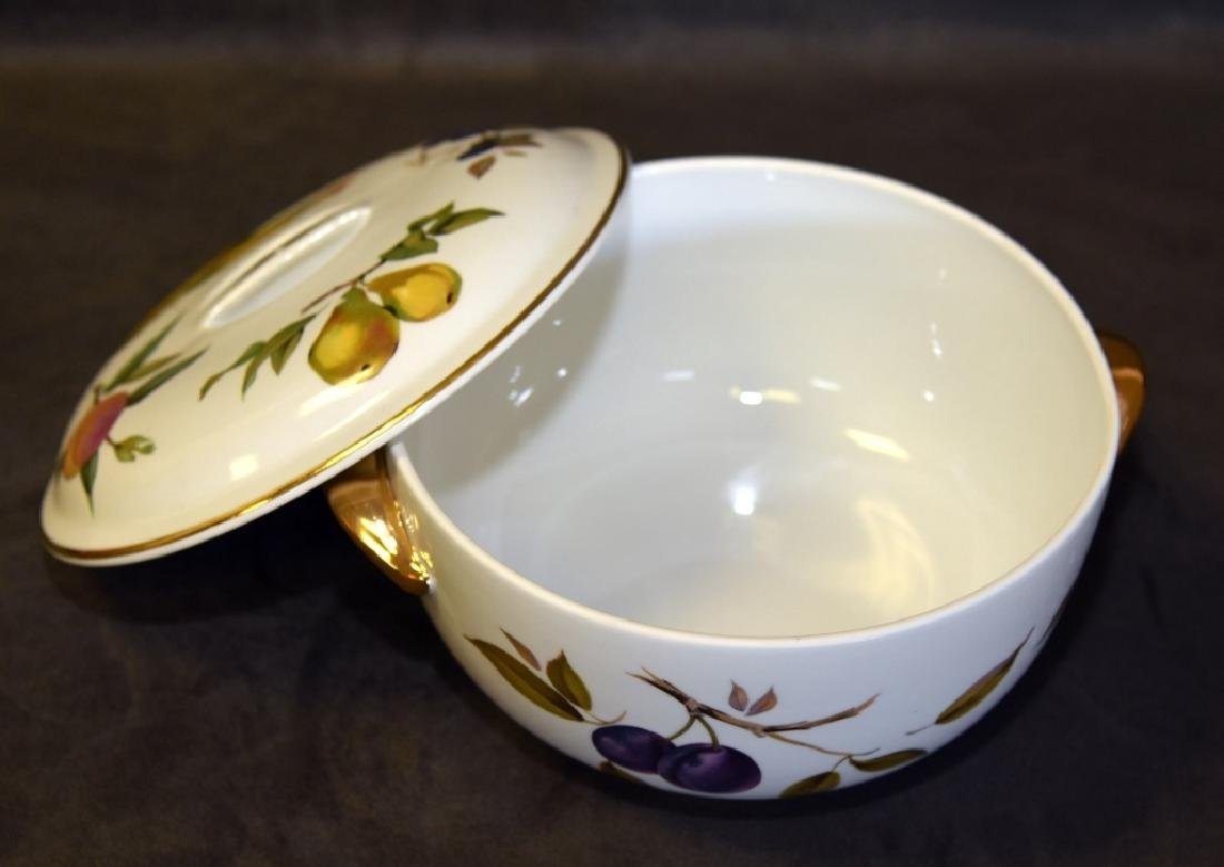Royal Worcester Evesham Covered Casserole - 3