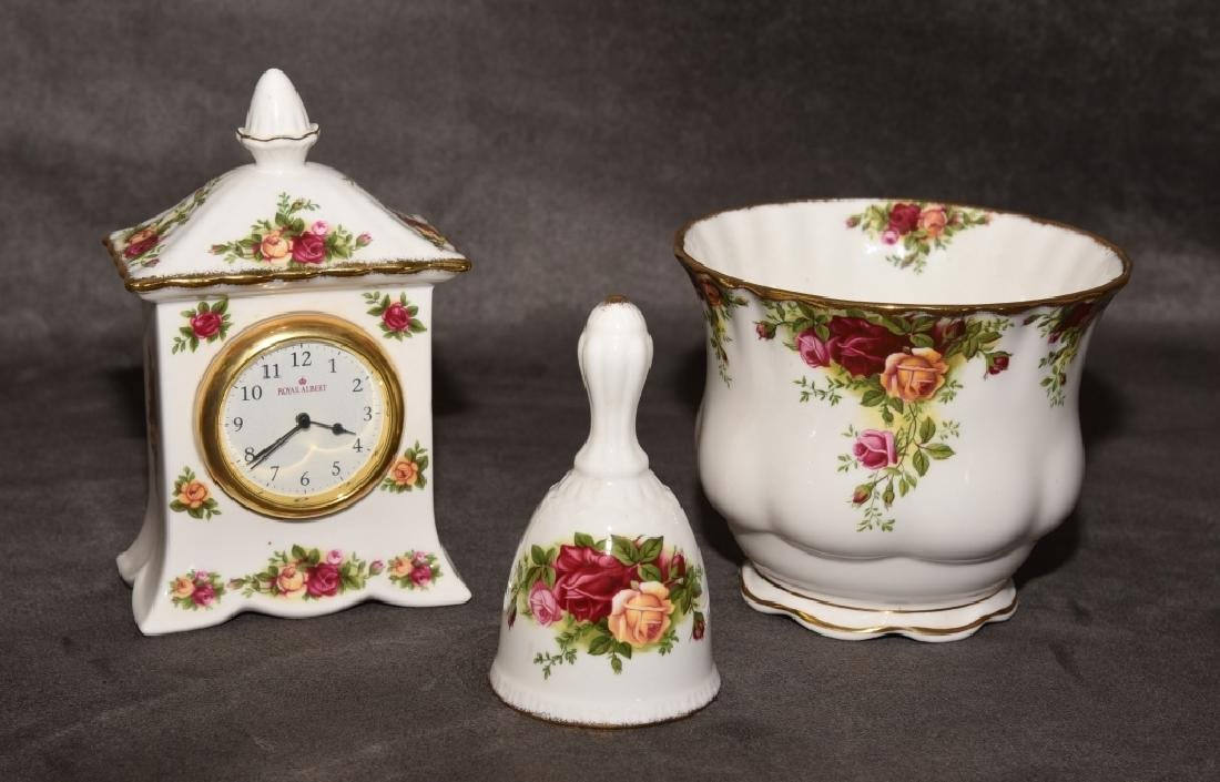 Old Country Roses Cache Pot, Bell & Mantle Clock