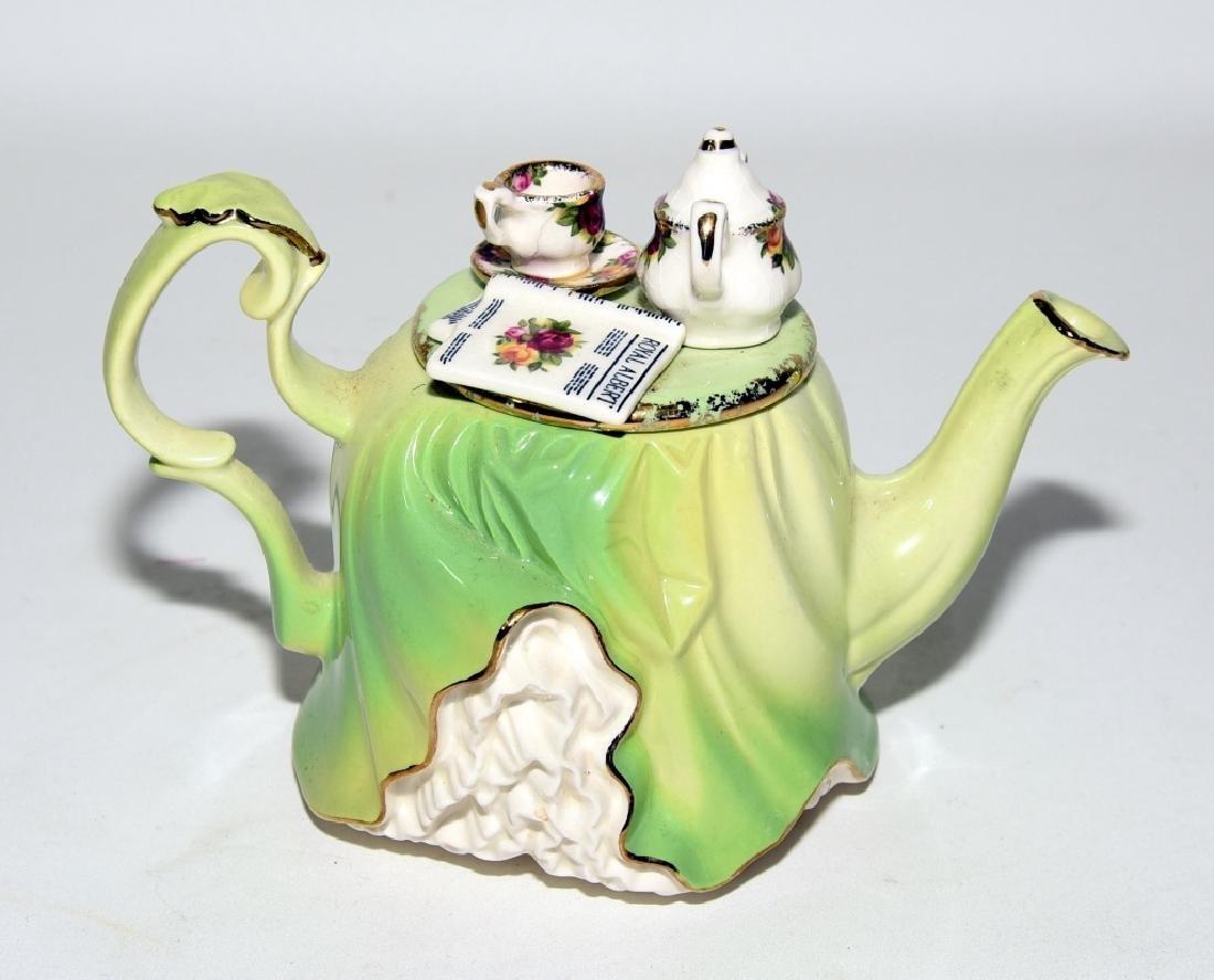 Royal Albert Old Country Roses Miniature Teapot
