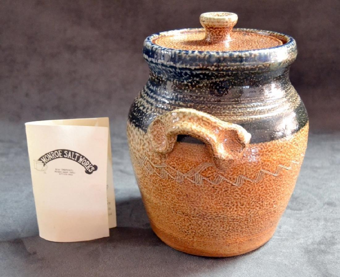 Monroe Salt Works Covered 2-Handle Pot