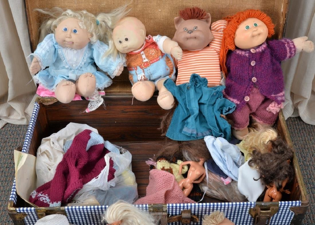 Blue & White Trunk w/Cabbage Patch Kids & More - 3