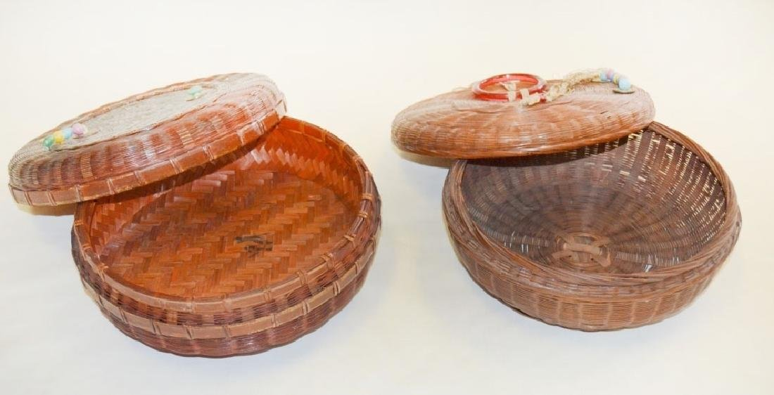 2 Vintage Chinese Sewing Baskets - 4