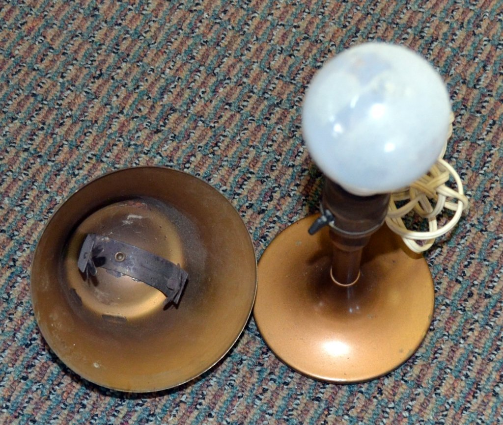 Vintage Bussmam Mfg. Metal Table Lamp - 3