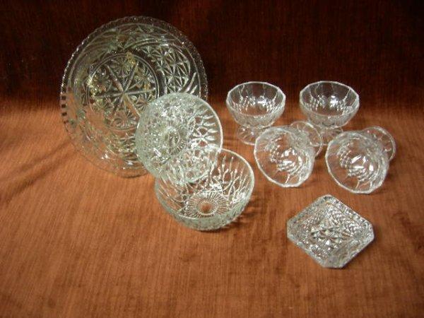 19: PRESSED GLASS LOT
