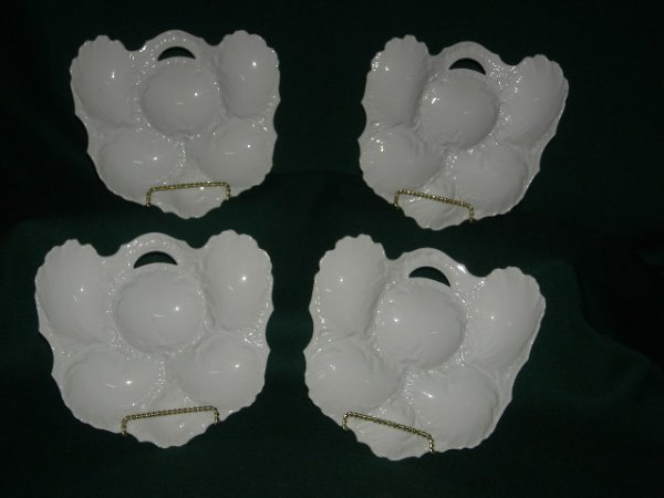 8: 4 FRENCH PORCELAIN OYSTER PLATES