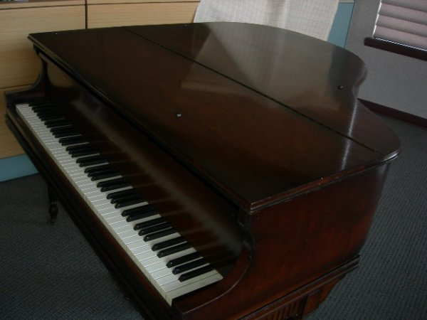 115: GULBRANSEN GRAND PIANO - 9