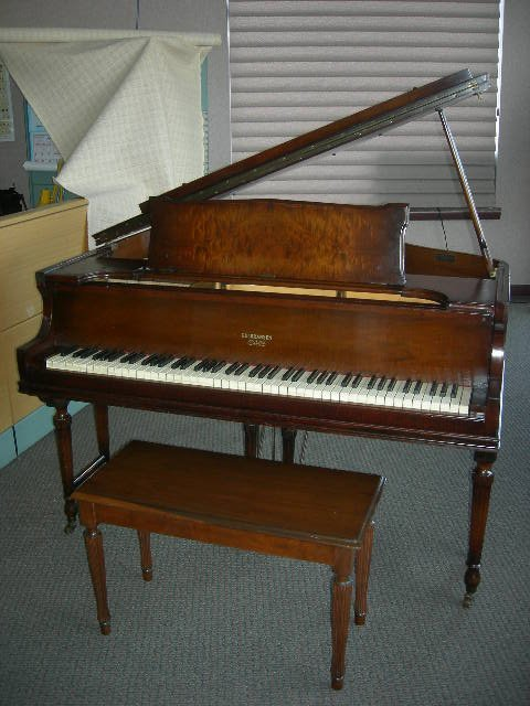 115: GULBRANSEN GRAND PIANO