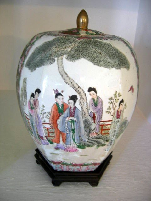 2: GINGER JAR ON STAND