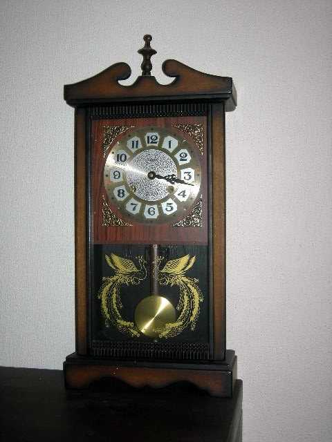 353 Alaron 31 Day Mantle Clock