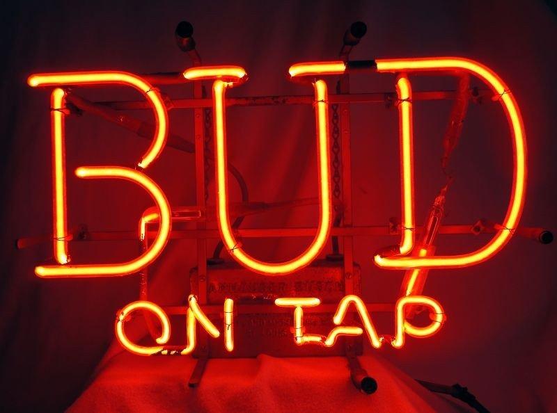 19: LIGHTED BUDWEISER ADVERTISING SIGN