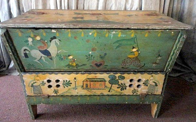 150: PAINTED PENNSYLVANIA CHEST