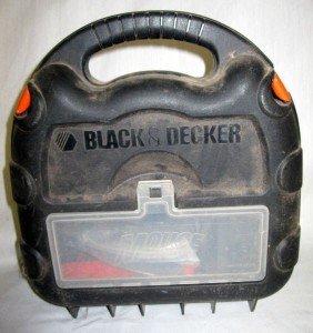 19: BLACK & DECKER MOUSE SANDER/POLISHER