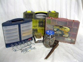 STORAGE CONTAINERS PLUS LOT