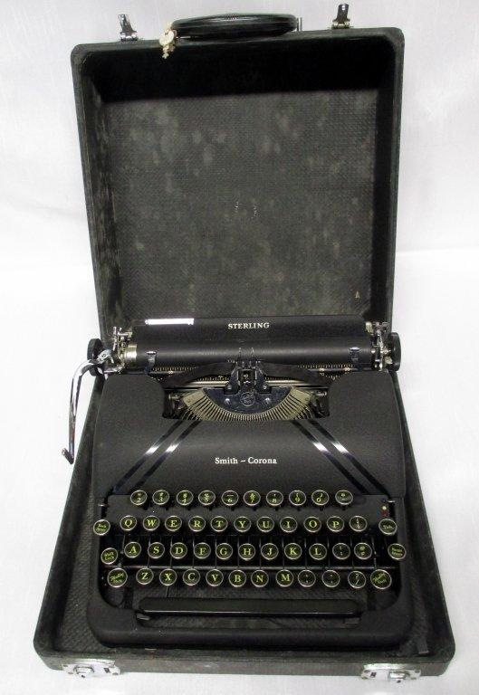 Smith Corona Manual Typewriter