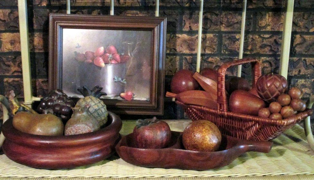 Wood Plus Fruit Lot