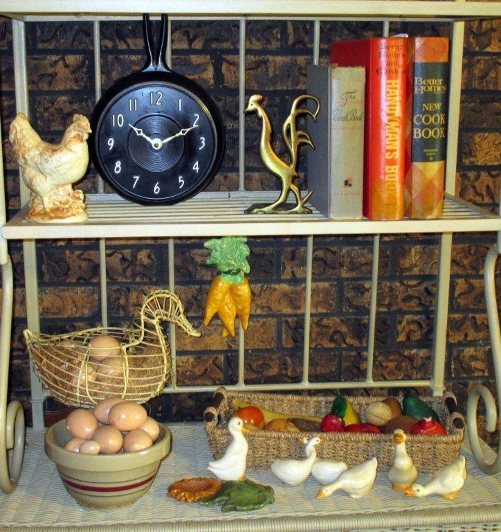 Vintage Kitchen Plus Lot