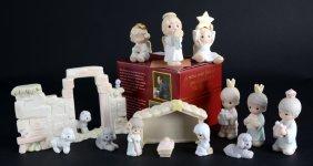 Precious Moments Wall, Mini Nativity Plus