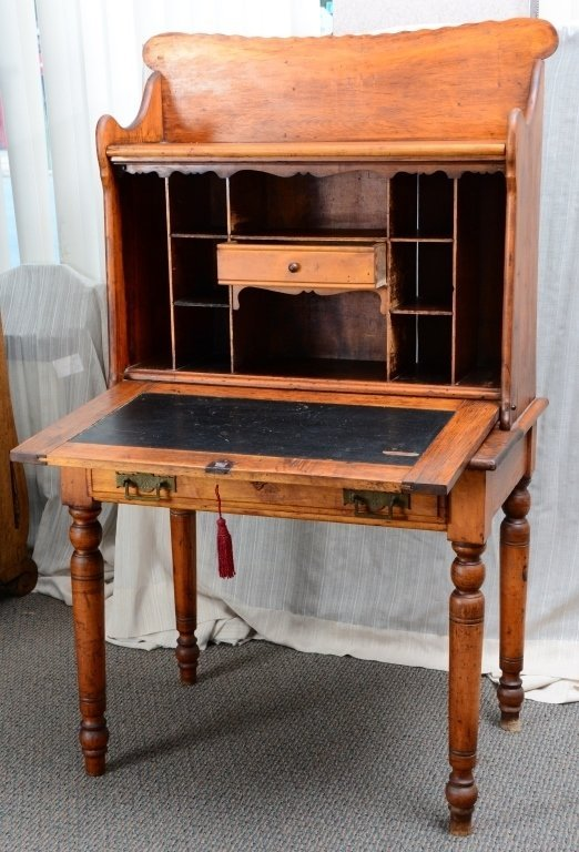Vintage Desk w/Fall Front Hutch - 2