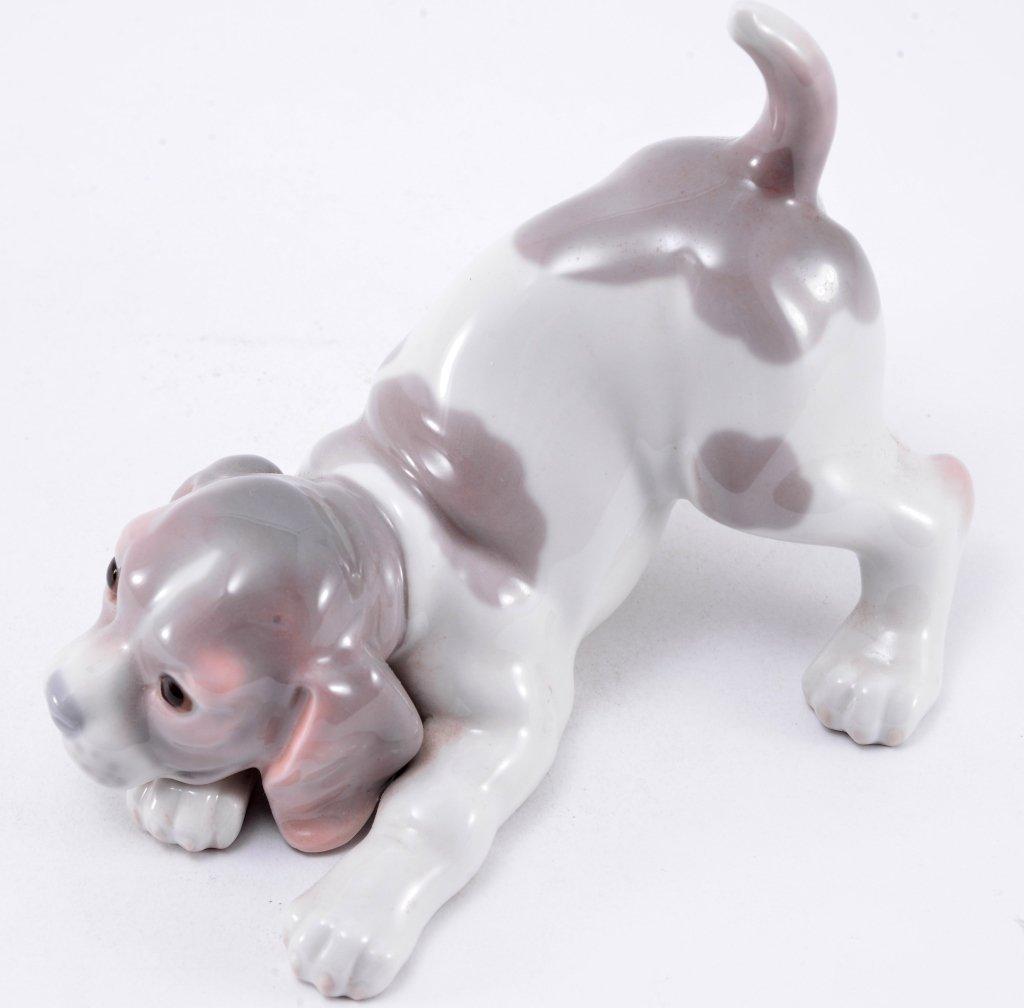 Lladro Beagle Puppy 1070