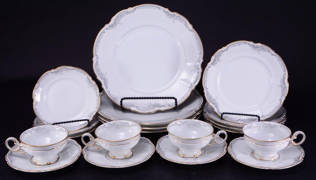 19 Pieces Hutschenreuther Loreley China