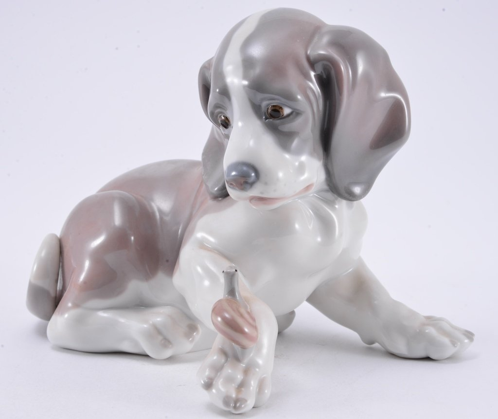 Lladro Dog & Snail 1139 - 2