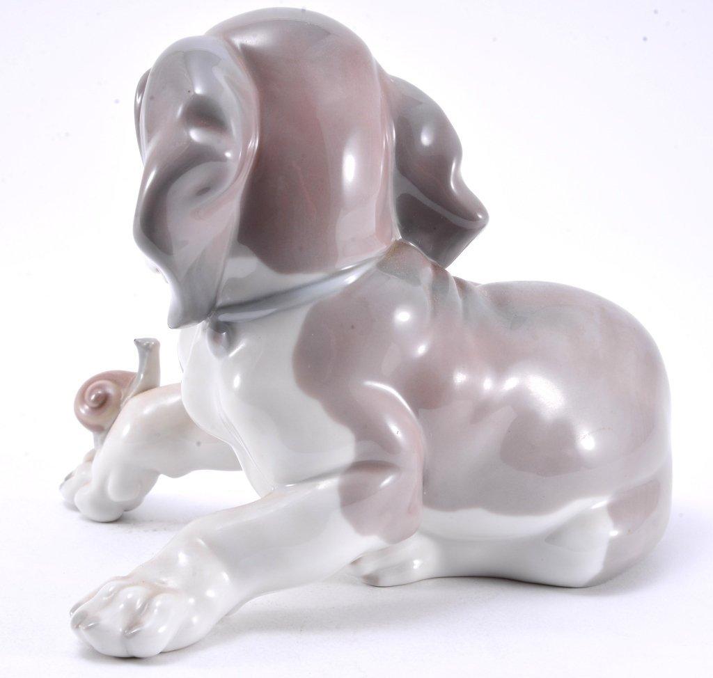 Lladro Dog & Snail 1139 - 3