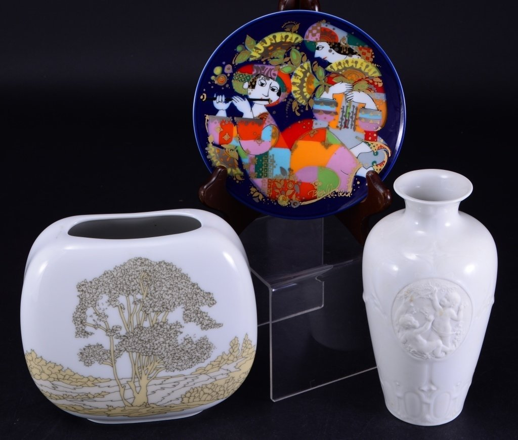 Hutschenreuther Vase, Rosenthal Plate Plus