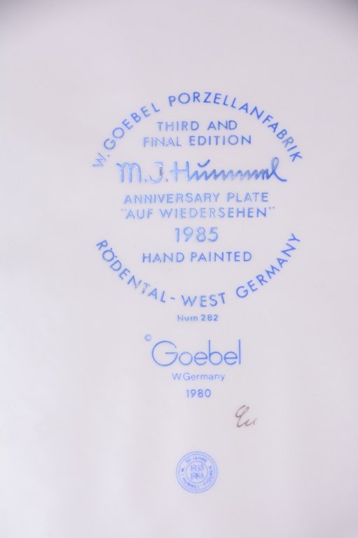 6 Hummel Plates Inc. 3 Anniversary Plates - 6