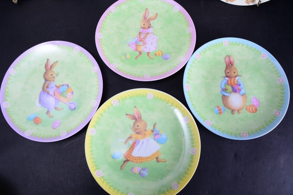 Beatrix Potter Book & Ornament Plus Ceramics - 4