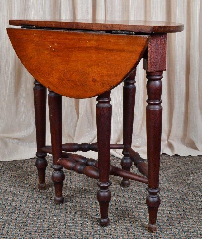 Vintage Round Drop Leaf Table - 4