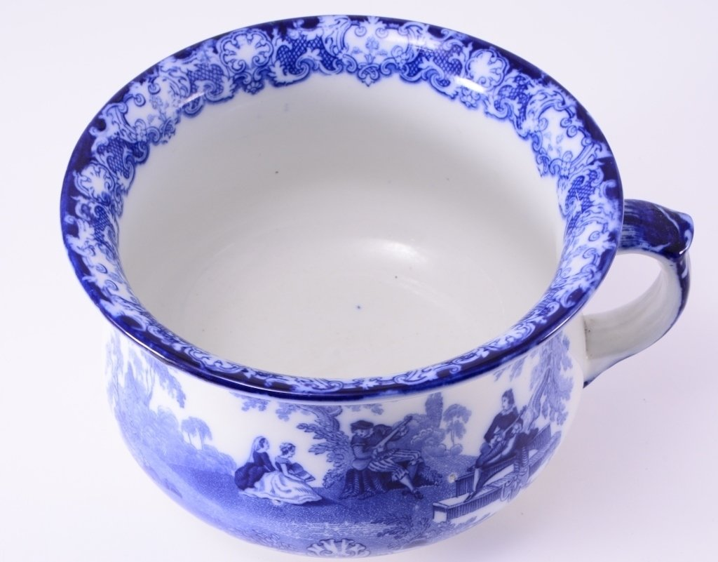 Flow Blue Chamber Pot - 3