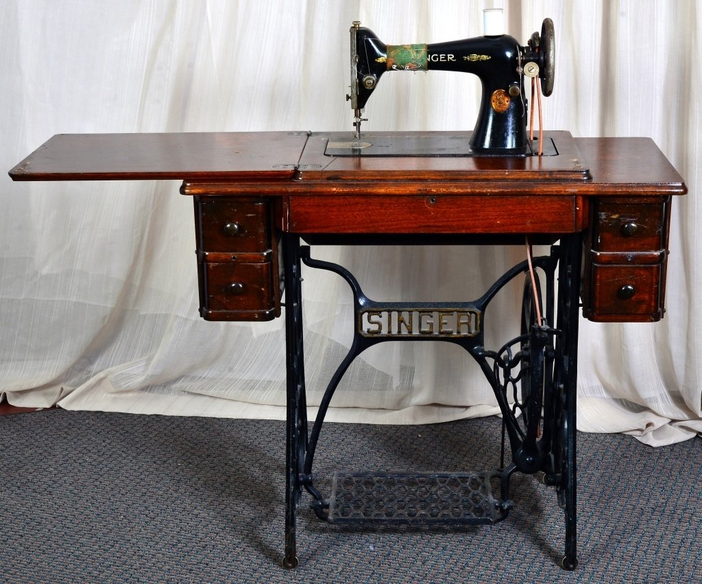 Singer Sewing Cabinet & Machine