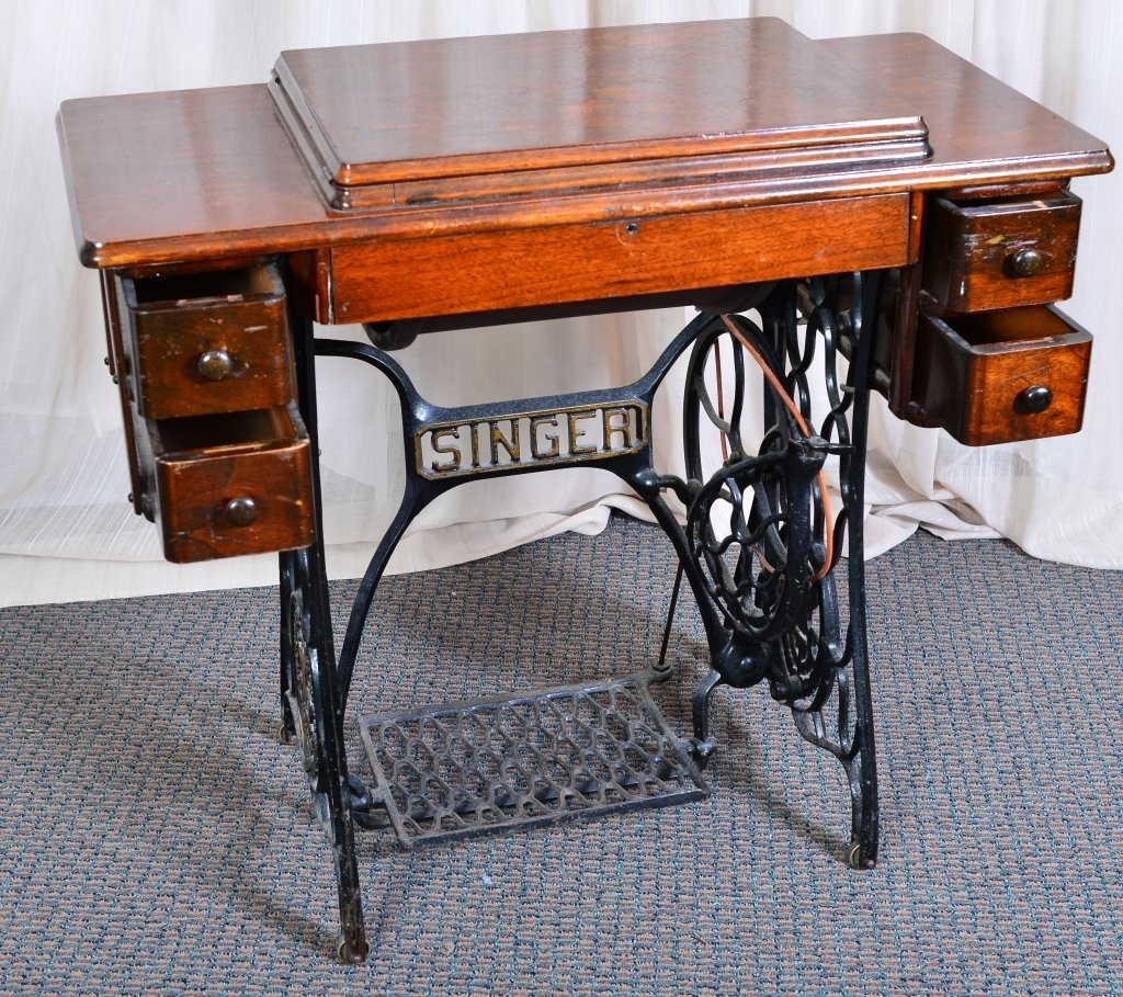 Singer Sewing Cabinet & Machine - 4