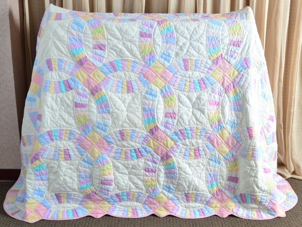 Double Wedding Ring Quilt