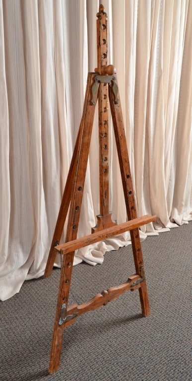 Distressed Wood Easel