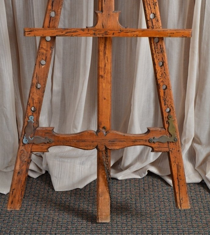 Distressed Wood Easel - 3