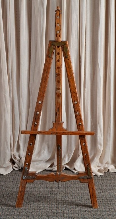 Distressed Wood Easel - 4