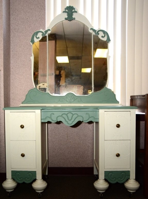 1930s Painted Vanity and Mirror - 2