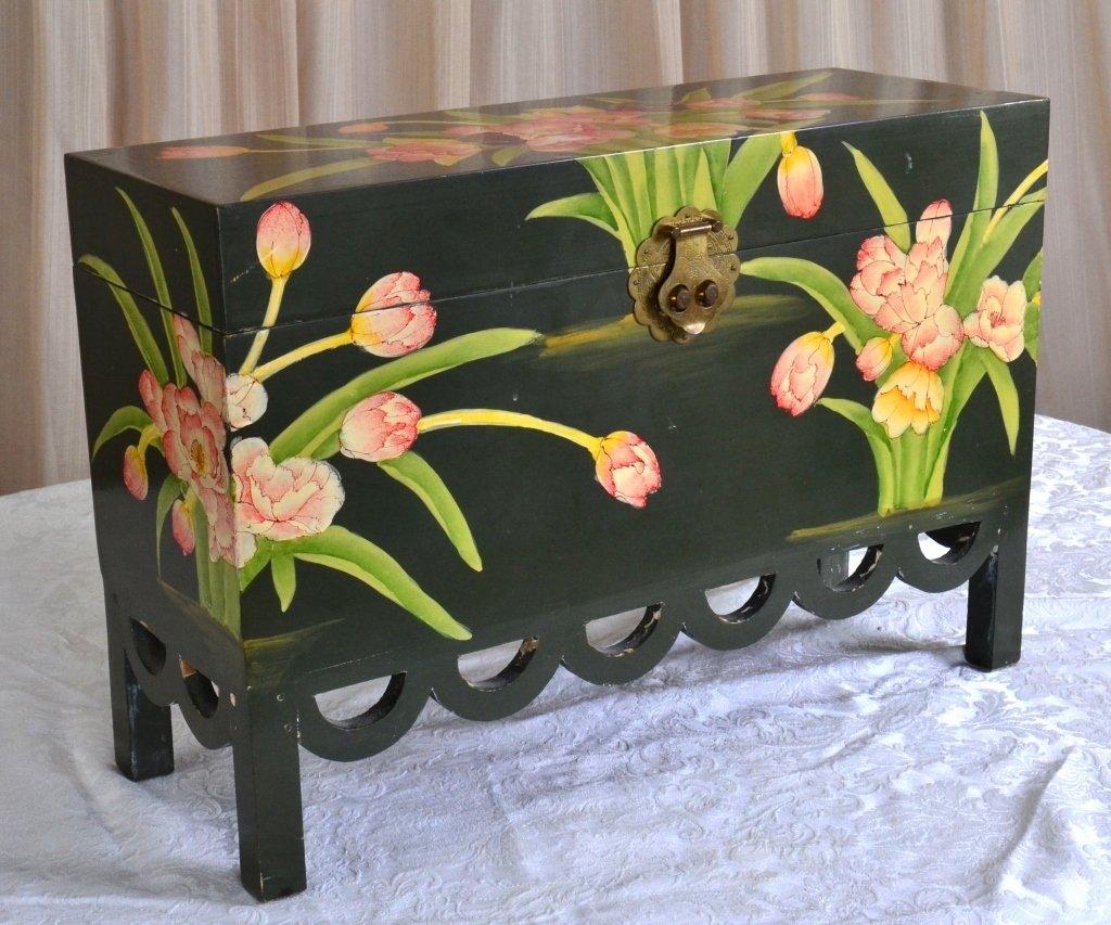 Painted Box w/Scalloped Trim - 2
