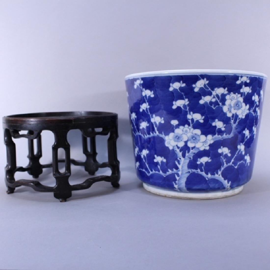Pair of Chinese Blue and White Planters on Stands - 2