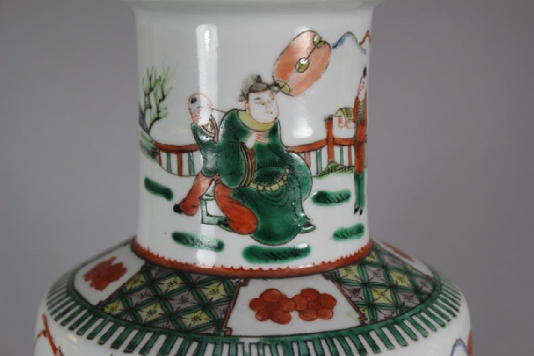 Pair Of Chinese Famille Verte Porcelain Vases - 5