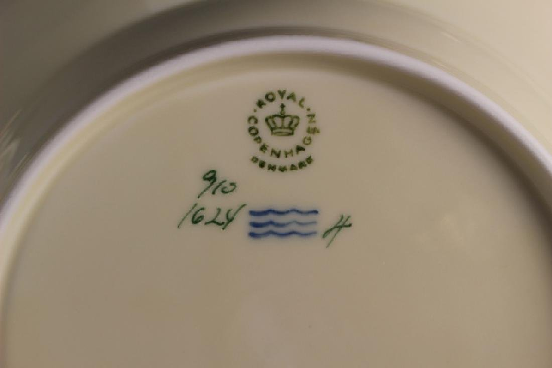 52 Pieces Royal Copenhagen Frijsenborg Dinnerware - 3