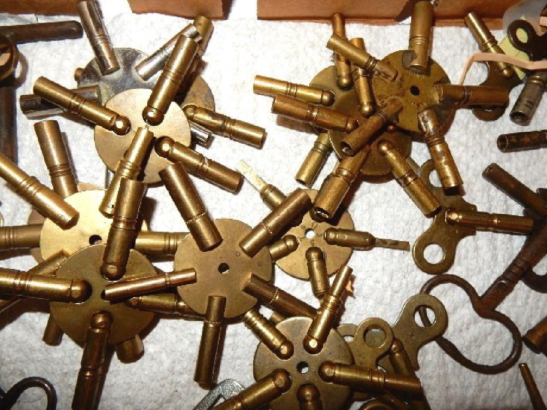 50+ Assorted Clock Keys - 2