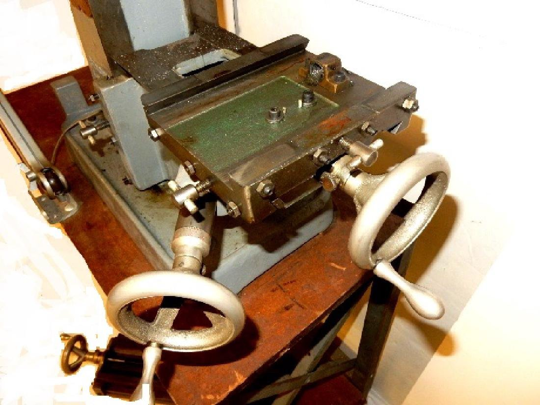 Benchmaster Machine Tools Milling Machine - 6