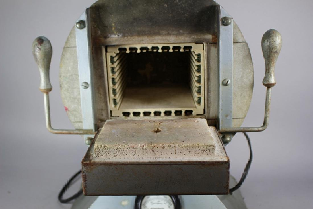 Hevi Duty Electric Furnace Type 051-PT - 3