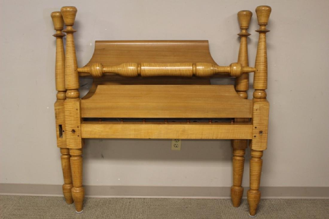 Early 19th Century Tiger Maple Rope Bed - 2